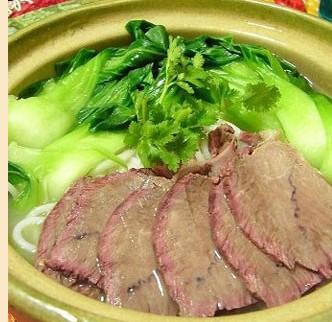 枫味源砂锅米线