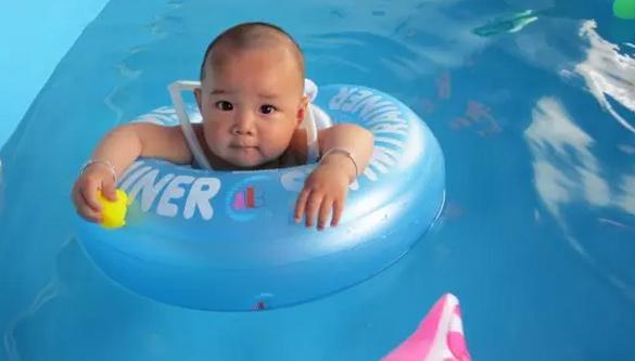 婴儿游泳馆加盟爱儿乐