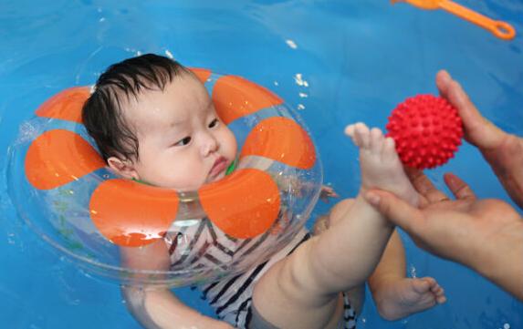 33°婴幼儿游泳馆
